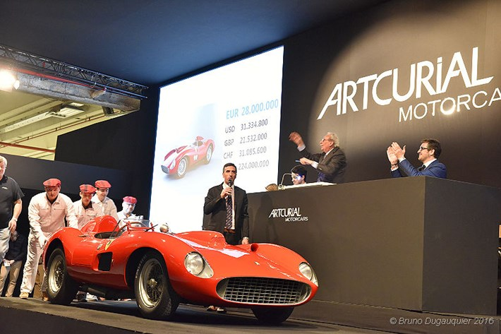 Artcurial_Retromobile_2016_049