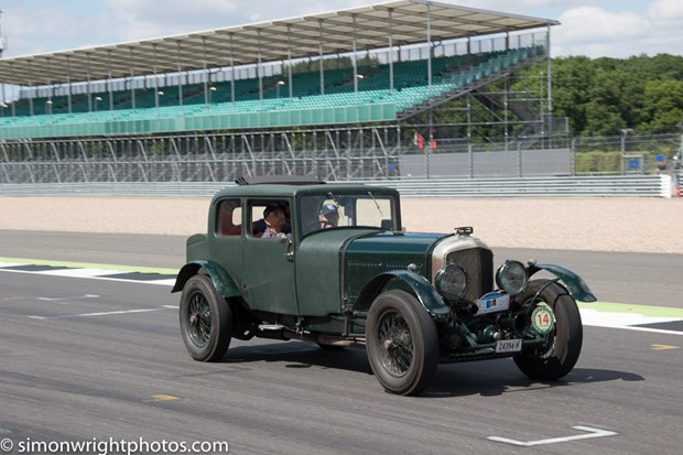 Bentley Drivers Club race meeting 2016