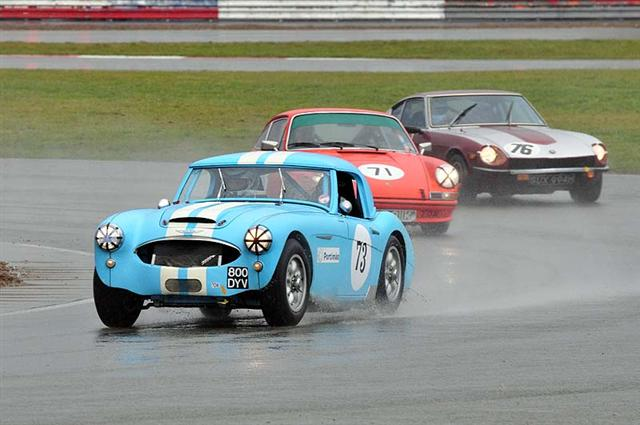 Rory HENDERSON driving well in the wet in his 1962 AUSTIN HEALEY 3000.jpg