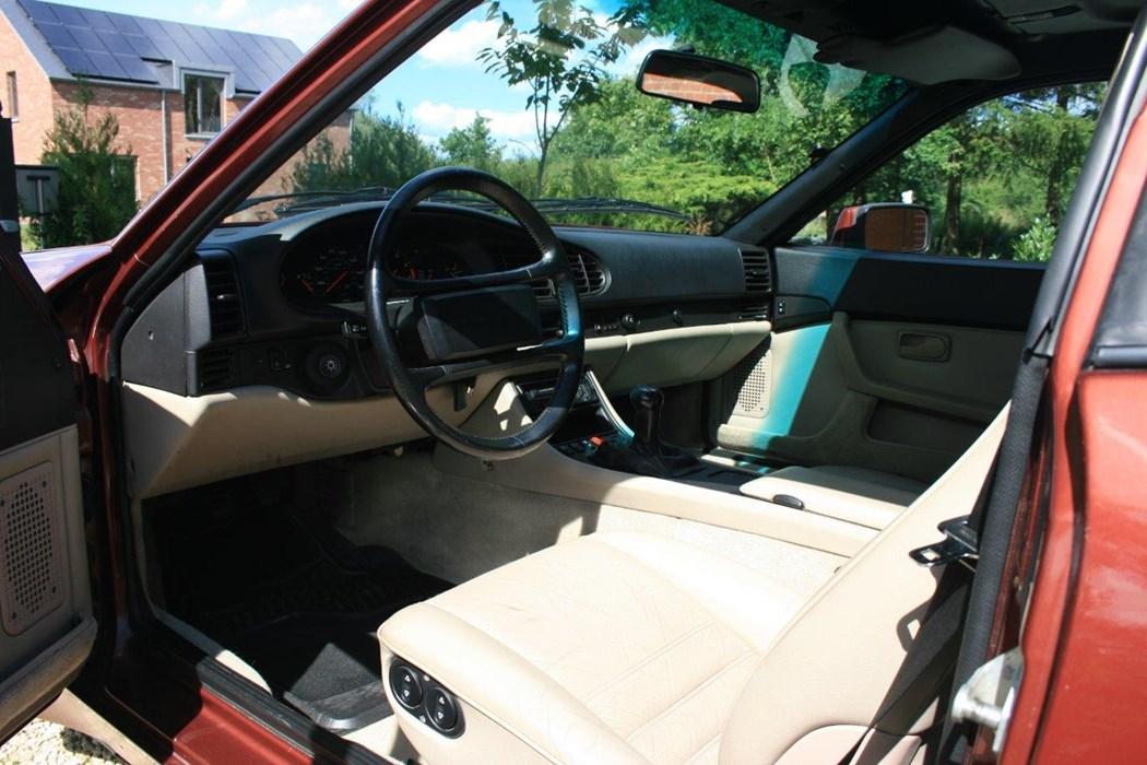 Porsche 944 turbo porsche 944 wagen te koop classic for Porsche 944 interieur