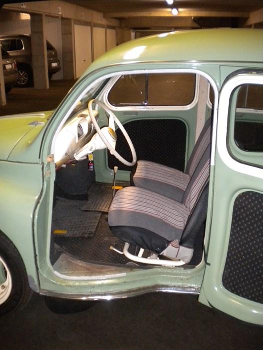 renault 4 cv 1959 renault voitures vendre classic car passion. Black Bedroom Furniture Sets. Home Design Ideas