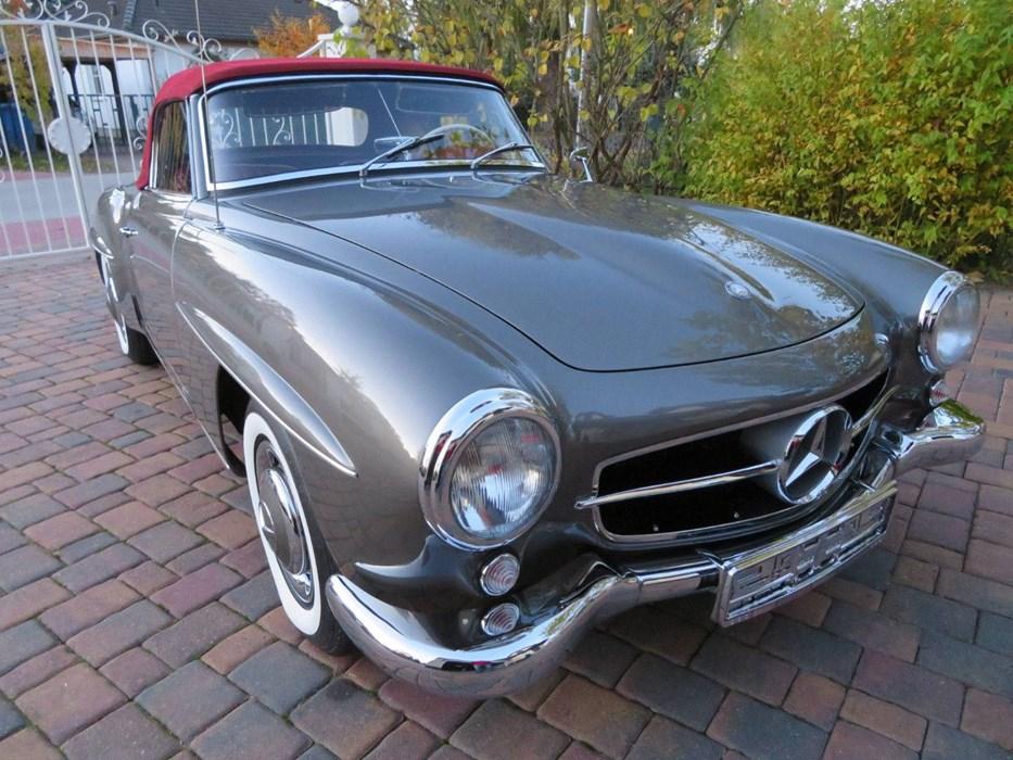 mercedes benz 190 sl 1957 w 121 mercedes benz 190sl voitures vendre classic car passion. Black Bedroom Furniture Sets. Home Design Ideas