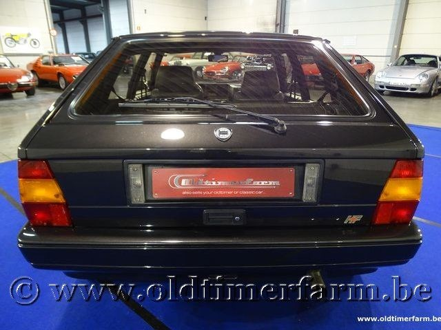 lancia delta hf integrale 16v 39 90 lancia delta voitures vendre classic car passion. Black Bedroom Furniture Sets. Home Design Ideas
