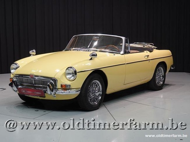MG B Roadster Yellow '67