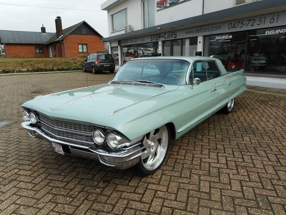 cadillac oldtimer deville sedan lpg cadillac deville voitures vendre classic car passion. Black Bedroom Furniture Sets. Home Design Ideas