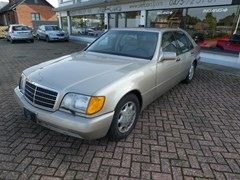 Mercedes-Benz SEL Series 1992