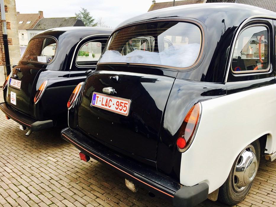 taxi londonien noir blanc austin voitures vendre classic car passion. Black Bedroom Furniture Sets. Home Design Ideas