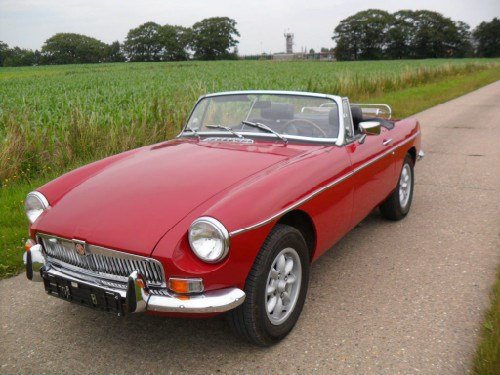 mg b roadster red 1976 mg b voitures vendre classic car passion. Black Bedroom Furniture Sets. Home Design Ideas